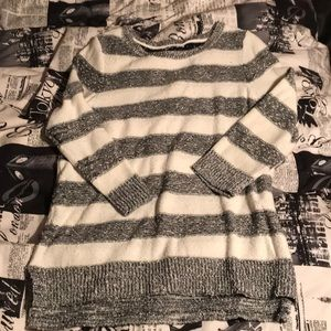 NEW LISTING!! Striped 3/4 Sweater